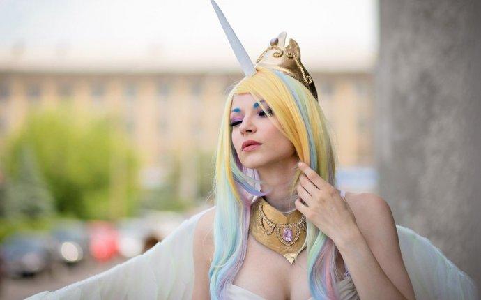 Косплей Принцессы Селестии